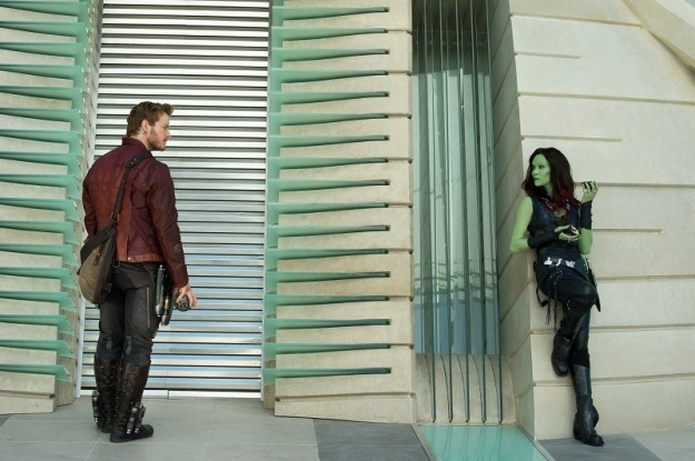 Marvel's Guardians Of The Galaxy L to R: Peter Quill/Star-Lord (Chris Pratt) & Gamora (Zoe Saldana) Ph: Jay Maidment ©Marvel 2014
